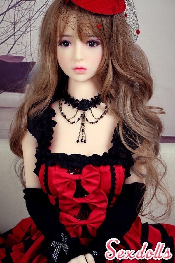 可愛い 等身大人形