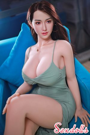 巨乳セックス人形